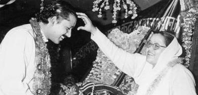 Mata Ji mother of Prem Rawat (Maharaji) deposes him
